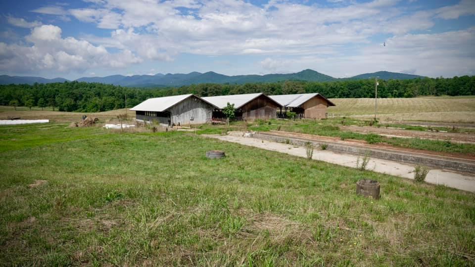Buildings on farm